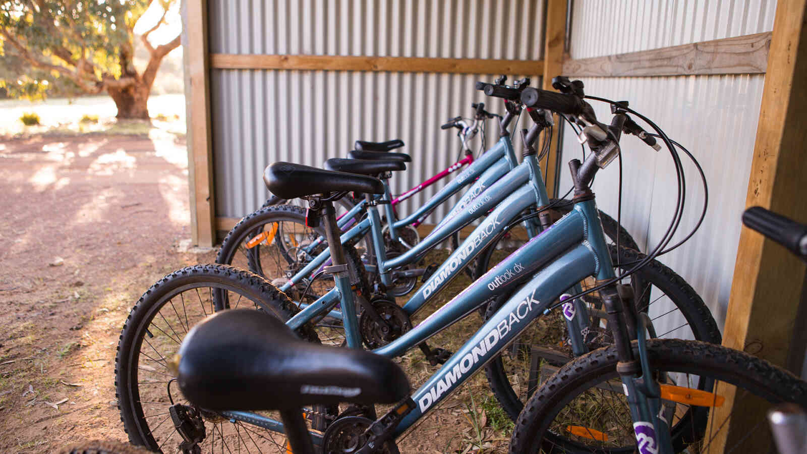 Complimentary Bikes Vivonne Bay Lodge1920X1200