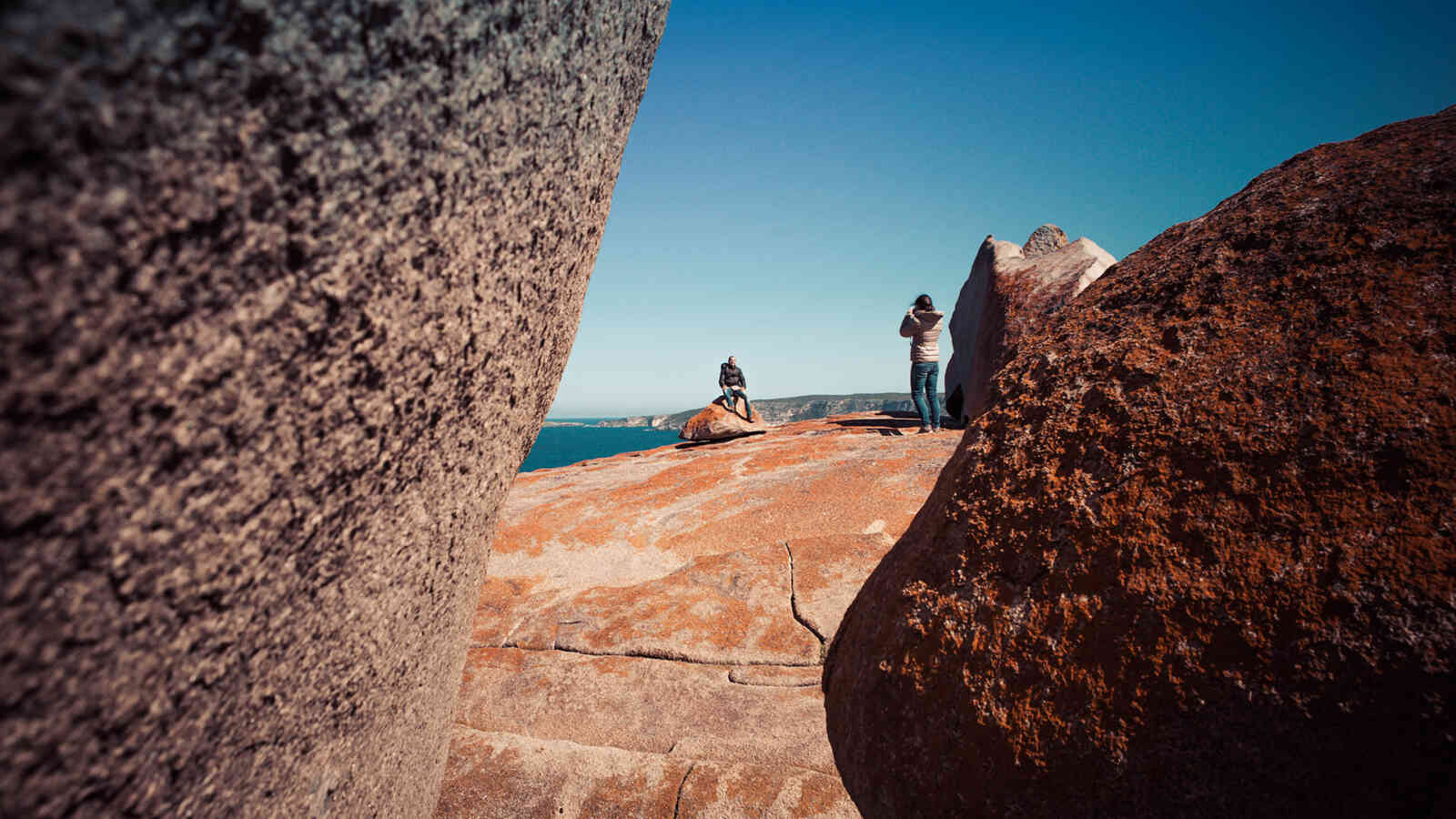 Couple Taking Photos Remarkable Rocks 1920X1200Px