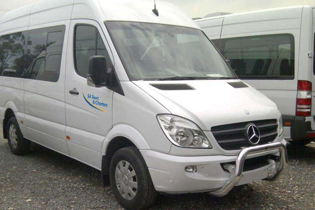 Luxury Mini Bus For Hire