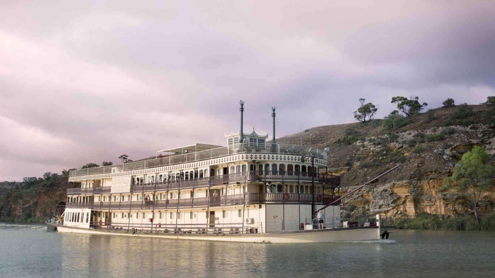 4-Night-river-cruises-vessel-image