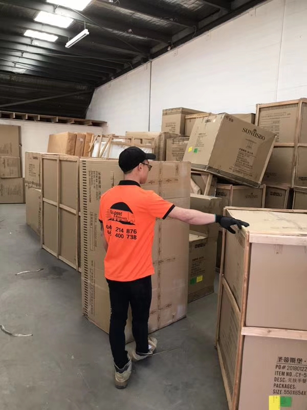 Melbourne Movers   Furniture Removalists