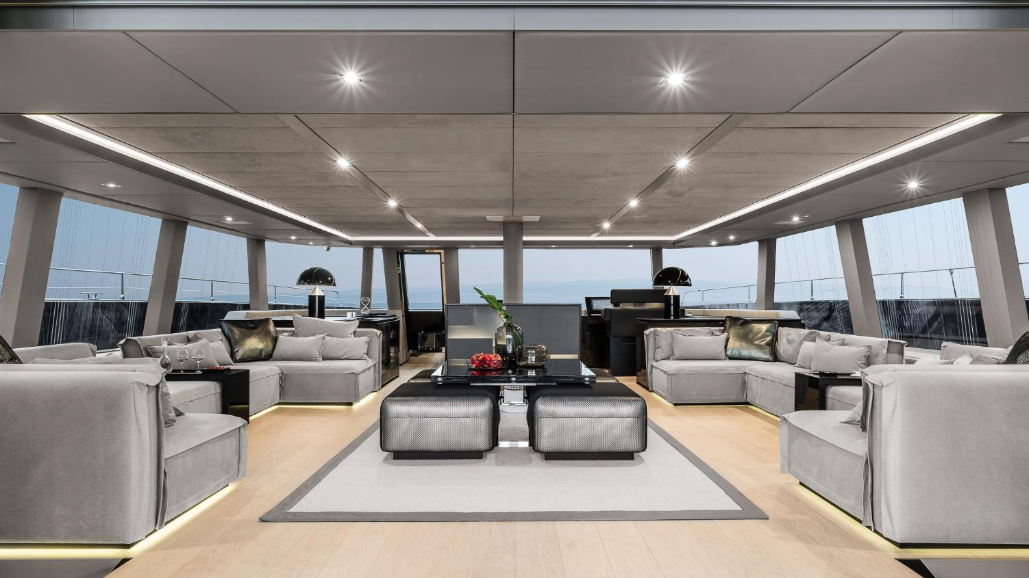 sunreef 80 gaya interior