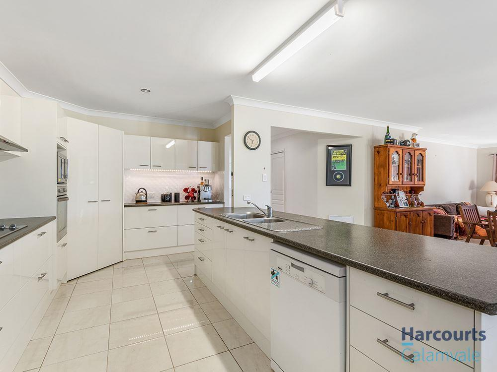 25 29 blue crane court new beith qld 4124 sale rental history