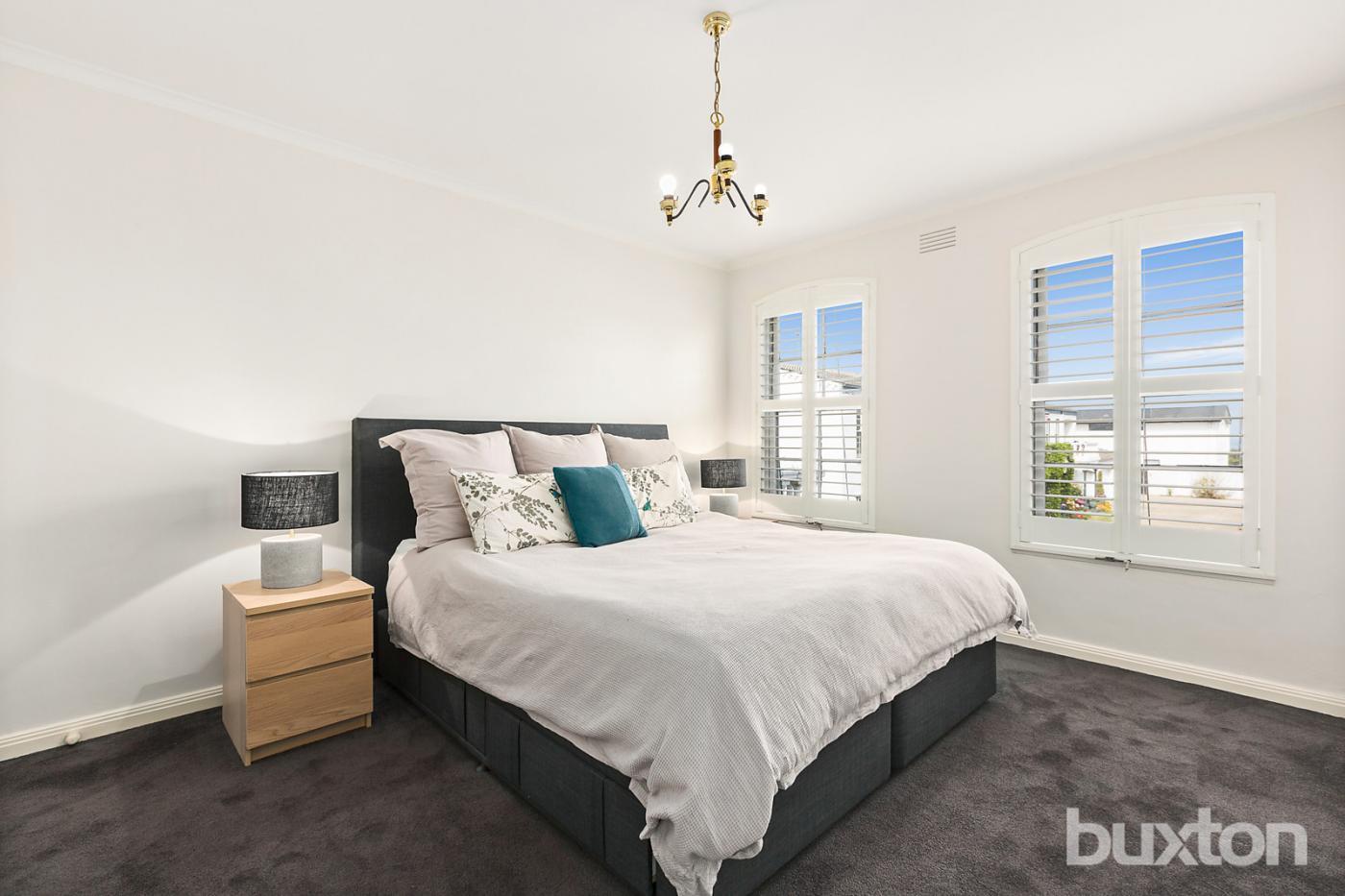 8 108 esplanade brighton vic 3186 sale rental history property 360