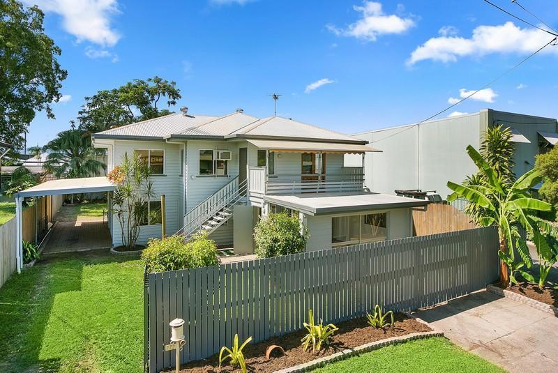 Vista Street Bungalow: 273 Spence Street, Bungalow, QLD 4870 Sale & Rental