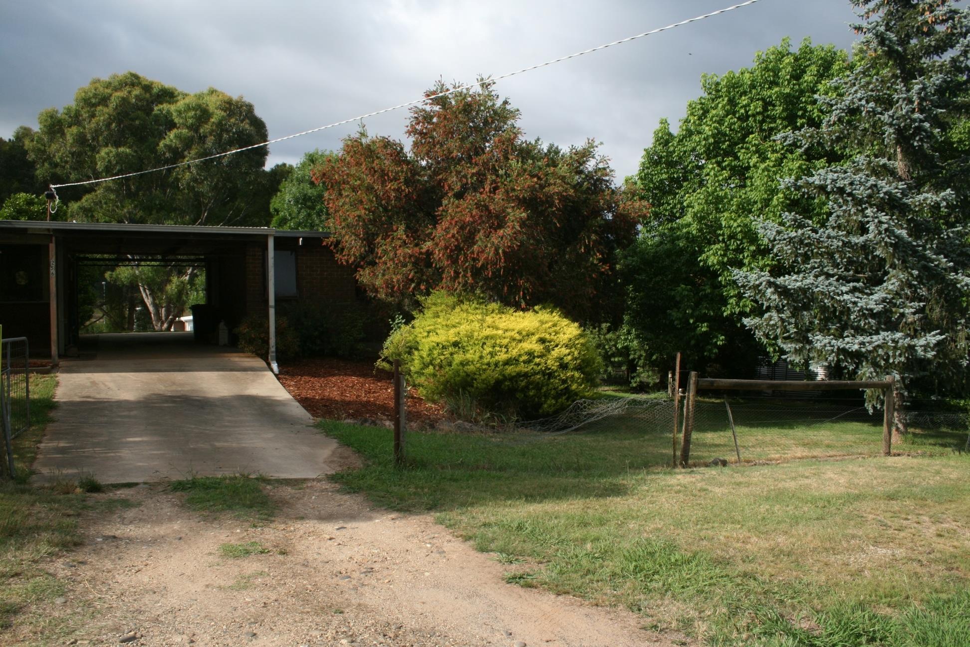 256 mummery road myrtleford vic 3737 sale rental history