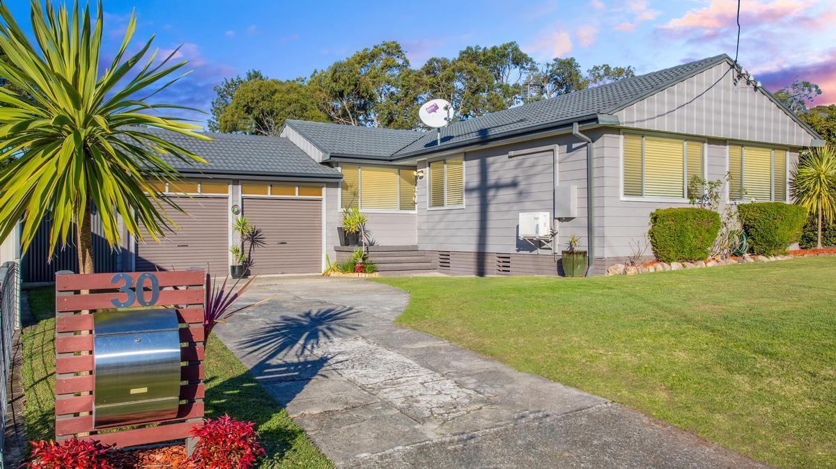 30 Vennard Street, Warners Bay, NSW 2282 Sale & Rental