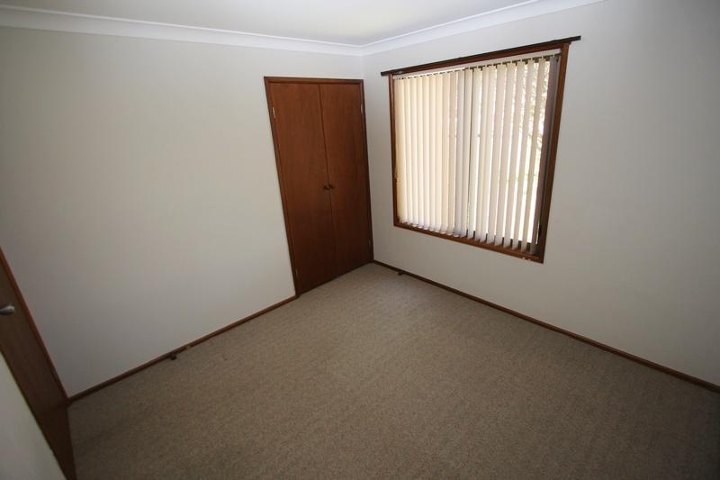 1 6 Corunna Crescent Ashmore QLD 4214 Sale Rental History