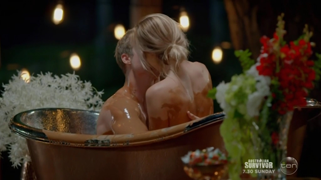 Richie's chocolate bath date with Alex on The Bachelor
