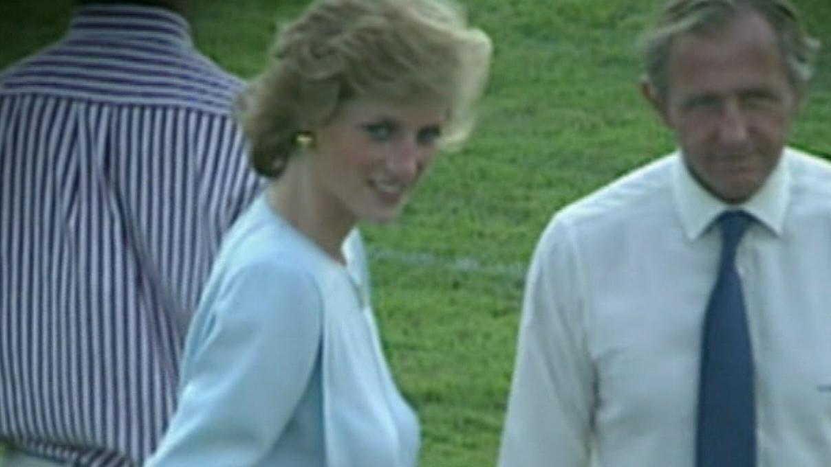 Handwritten Princess Diana notes sold at auction