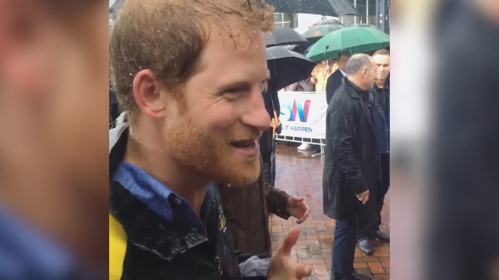 Prince Harry charms Aussie fans