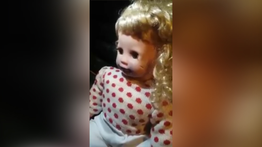'Possessed' doll freaks out people in Peru
