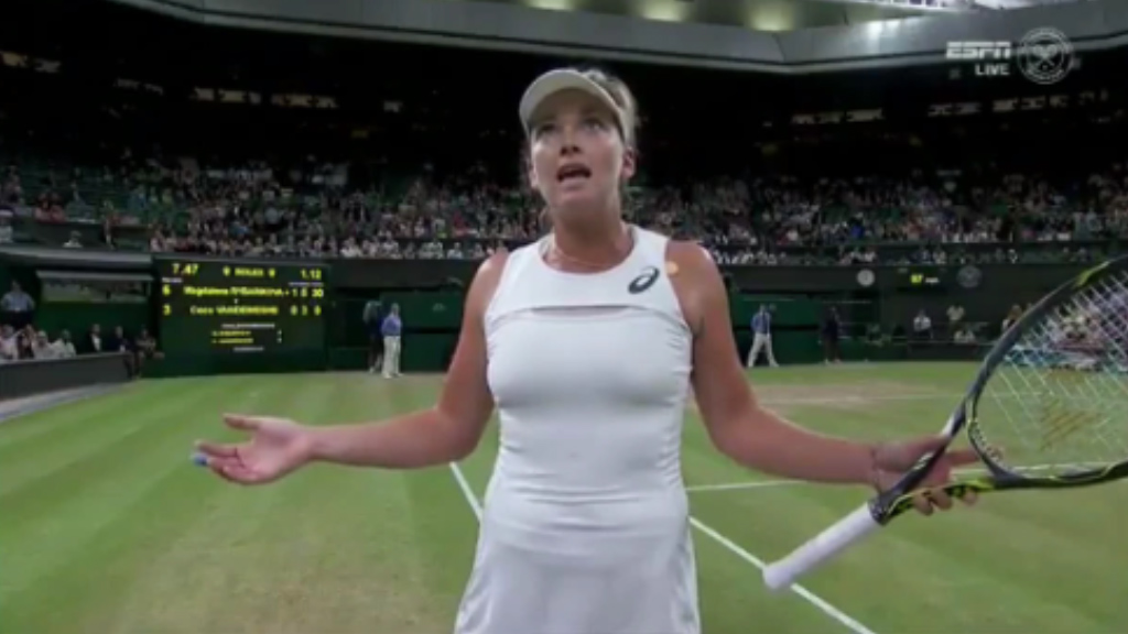 Vandeweghe loses it at umpire