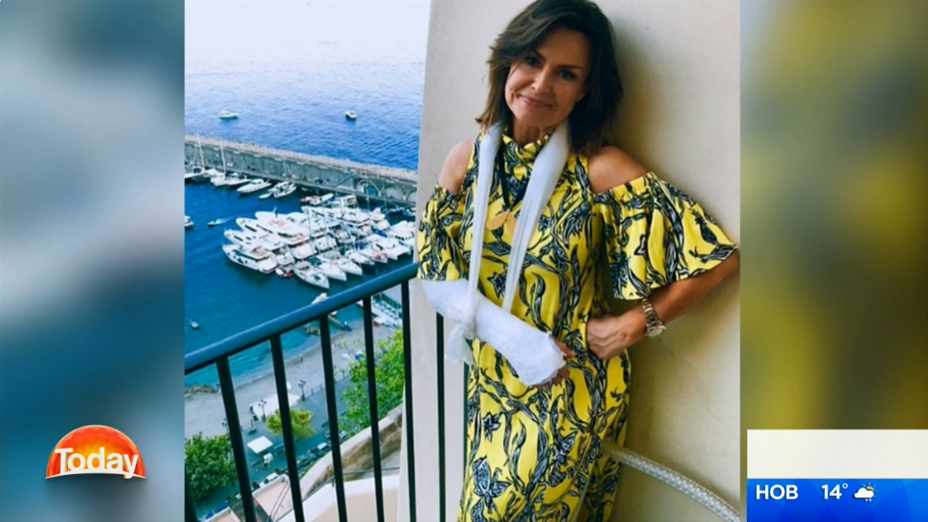 Lisa Wilkinson recreates the fall that broke her arm