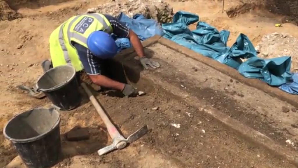 A 1,600-year-old Roman sarcophagus found in London
