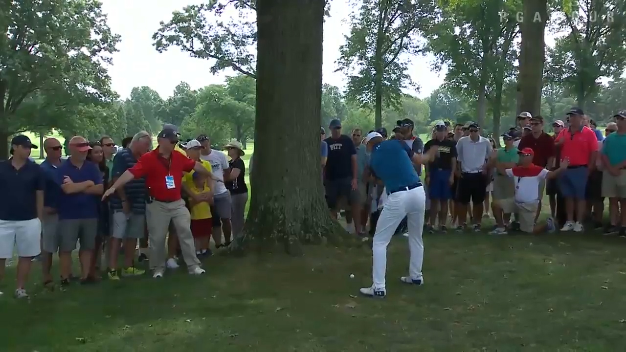 Jordan Spieth pulls off miracle shot
