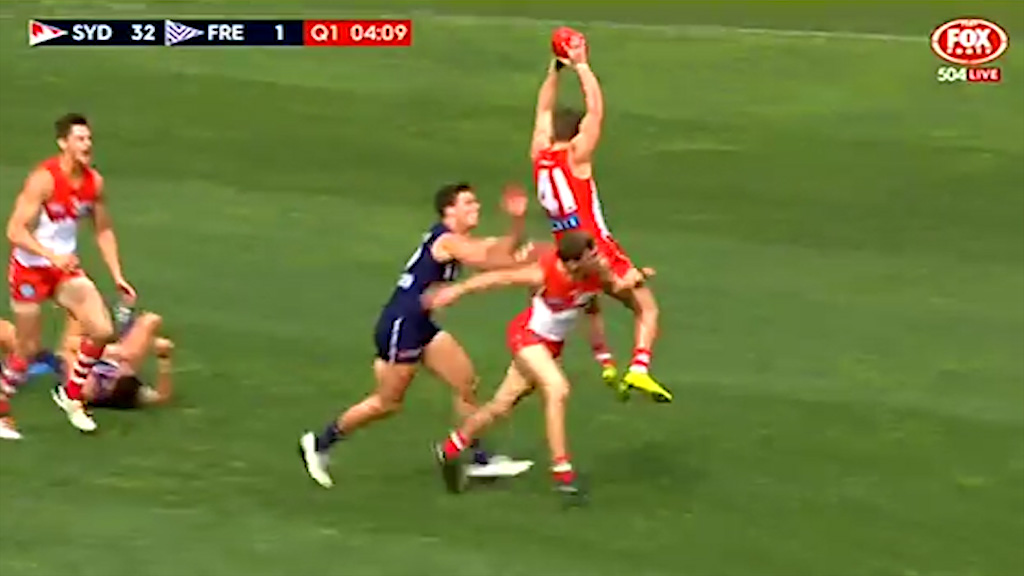 Gary Rohan scores for the Swans