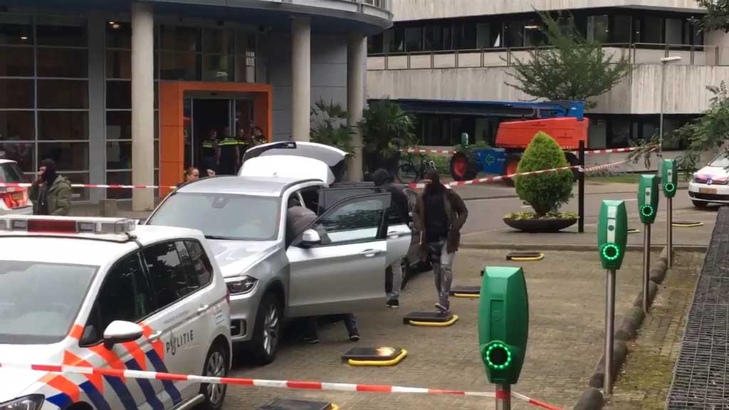 Hostage situation unfolds at Dutch radio station