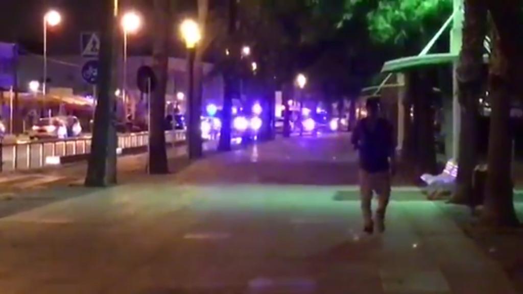 Amateur cameraman dodges gunfire at Cambrils