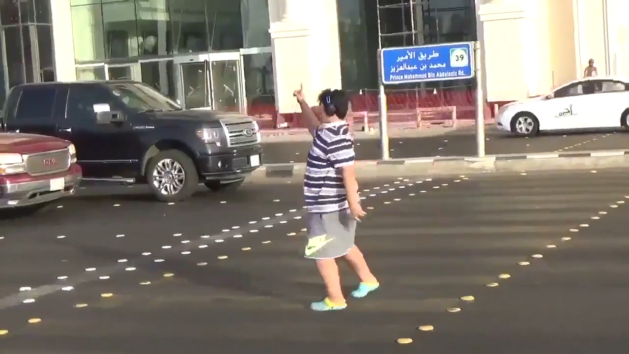Teenager arrested for dancing the Macarena on Saudi street