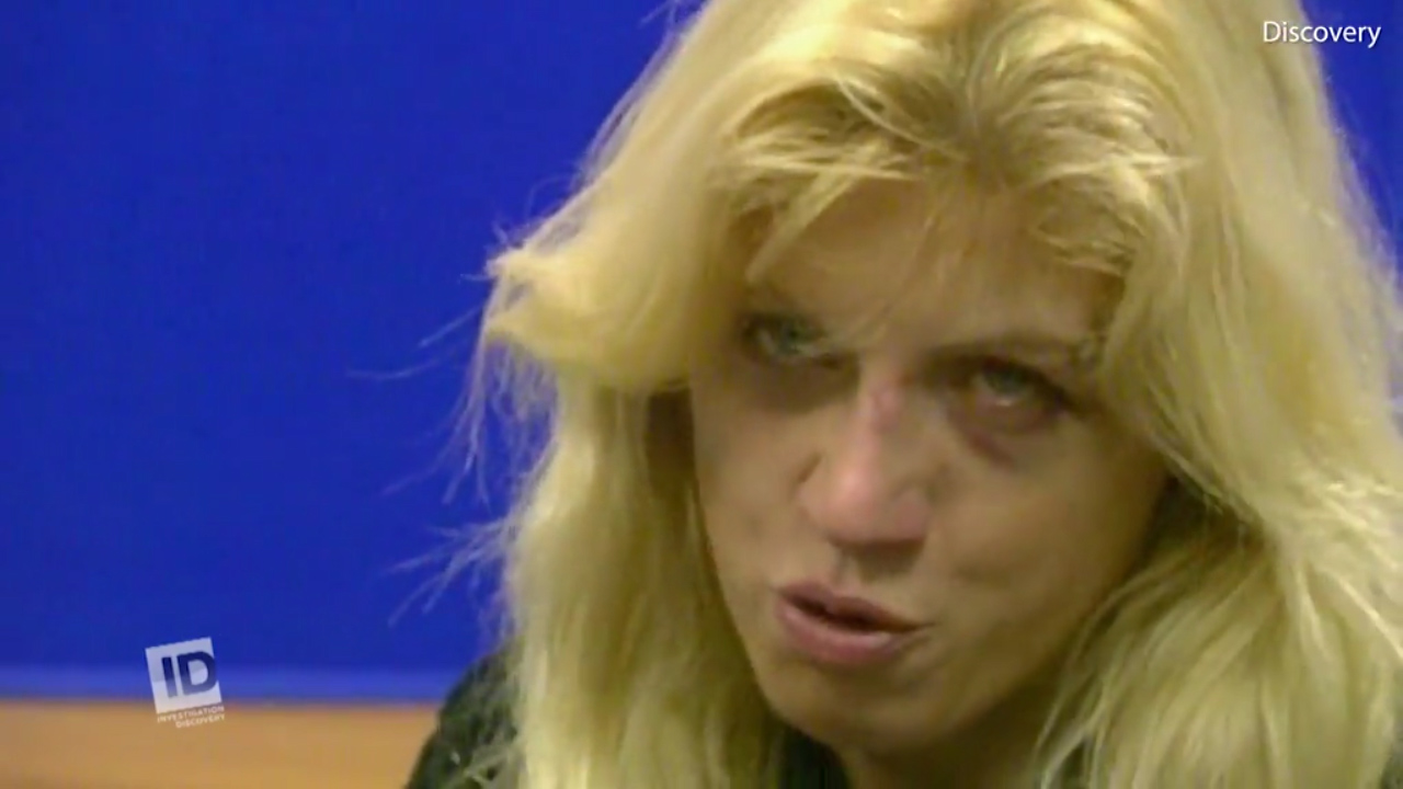 Six signs accused murderer Tracie Andrews lied during tearful press conference