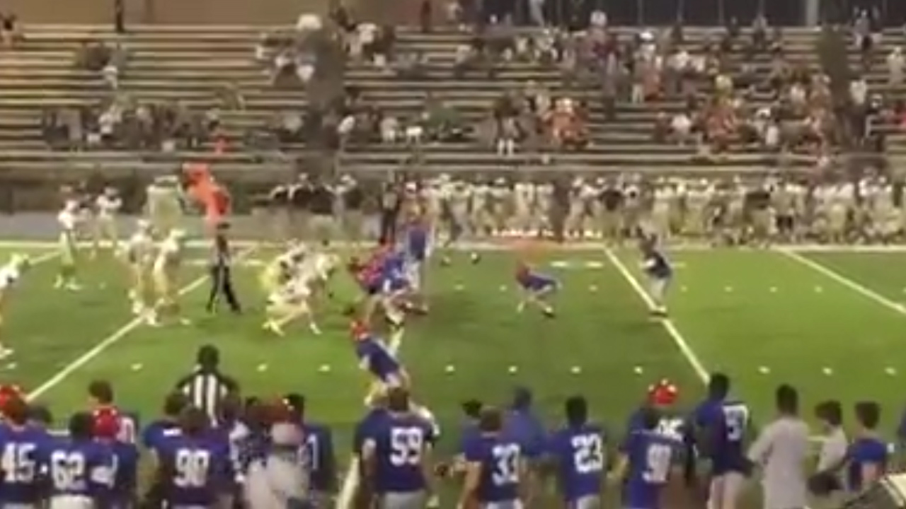 High School football player with Down syndrome scores touchdown