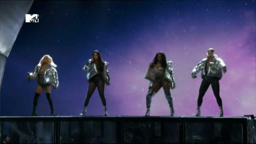 Fifth Harmony perform at the 2017 VMAs