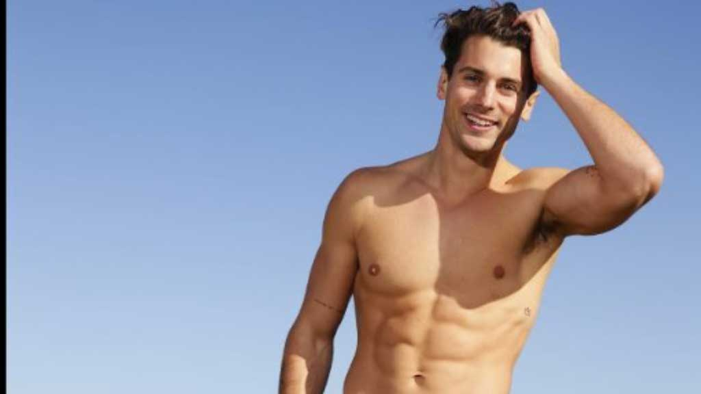 """The Bachelor's Matty J discusses seeing his girl """"nude"""" for the first time"""