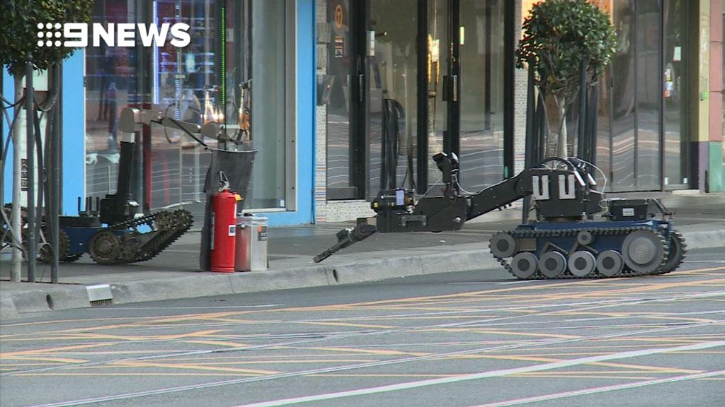 Bomb robot deployed after suspicious item found in Melbourne