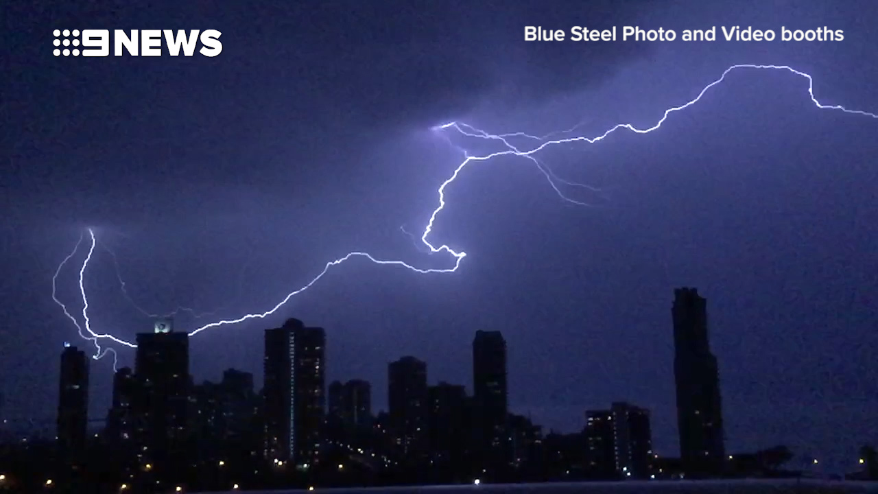 Massive lightning bolt captured during wild storm