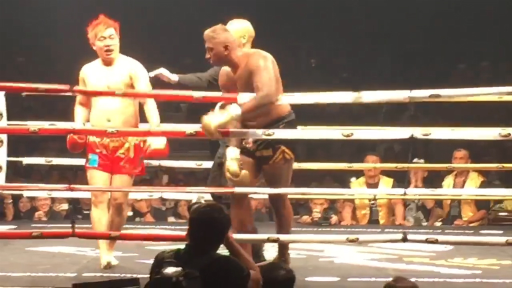 Celebrity Muay Thai fighter dies after fight