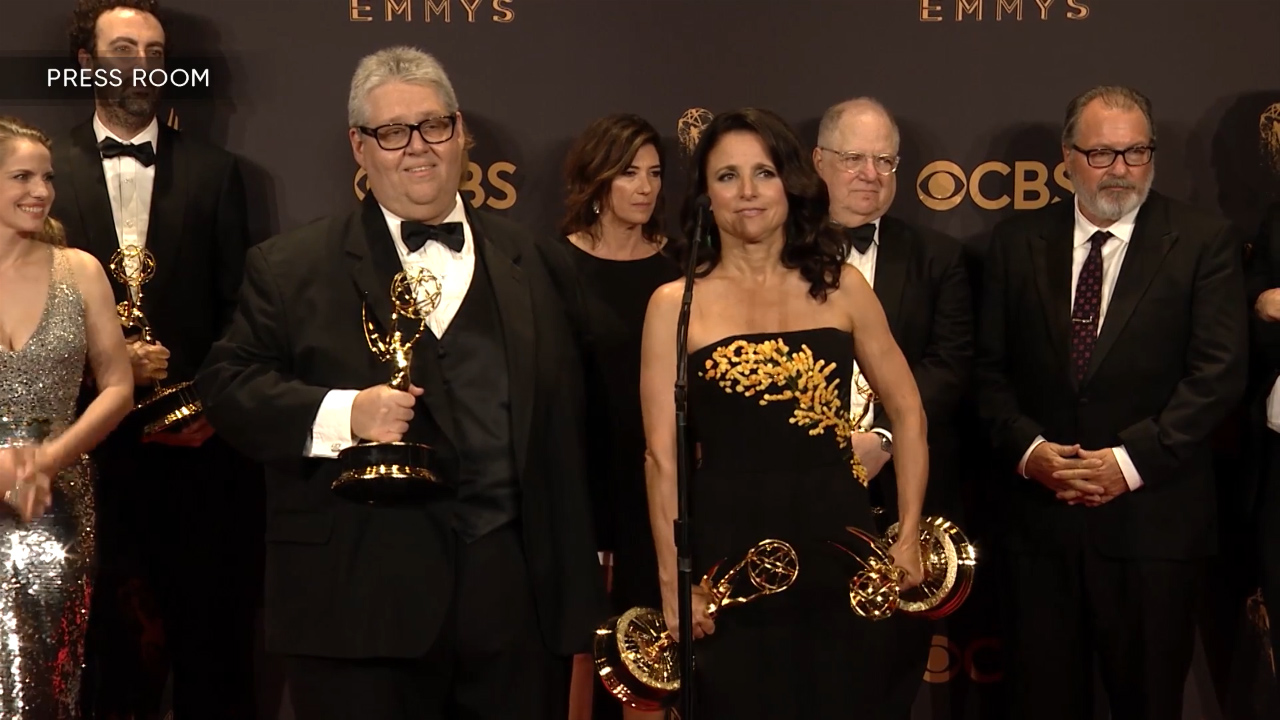 "Julia Louis-Dreyfus reacts to record-setting sixth Emmy win for ""Veep"""