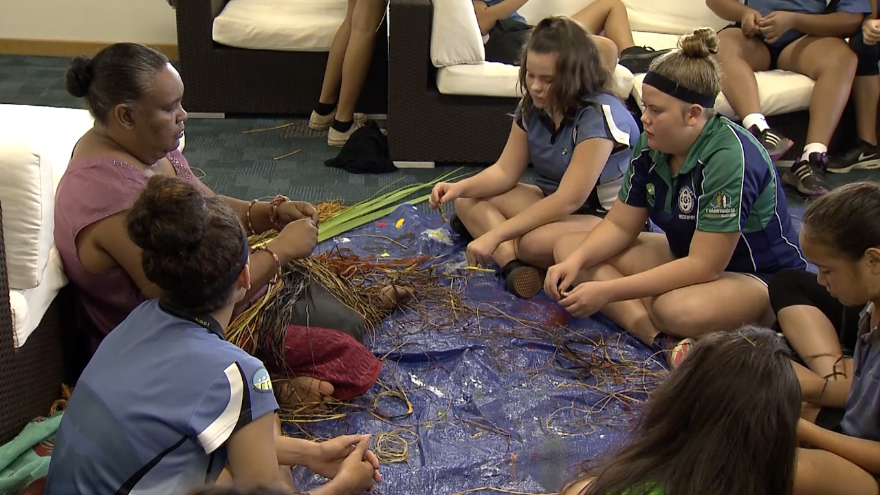 NEWS: Elders mentor Aboriginal students in Palmerston