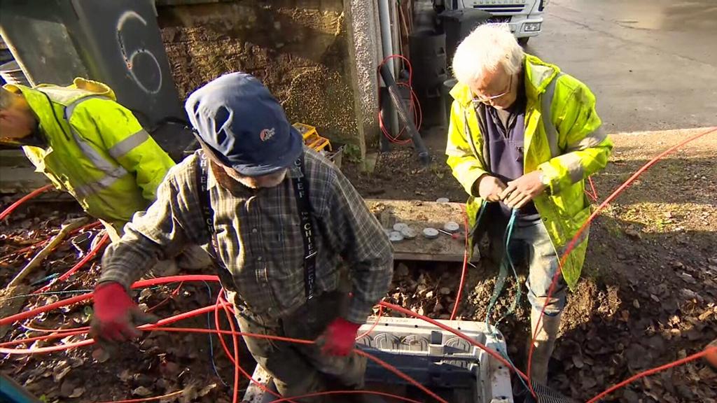 Farmers lead the way with DIY broadband