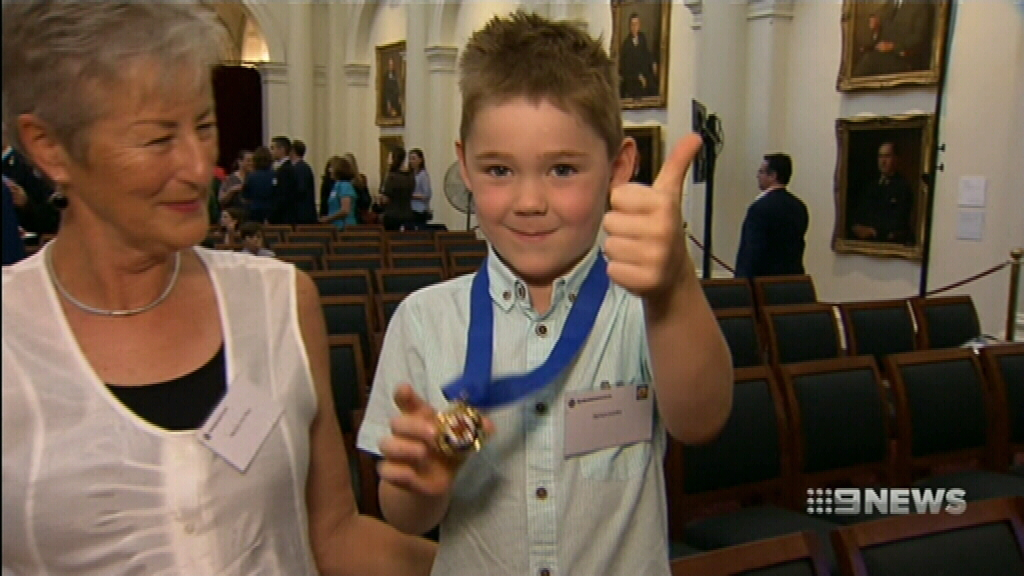 Five-year-old hailed a community hero