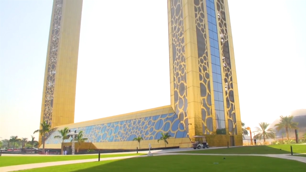 World\'s largest \'picture frame\' opens in Dubai after decade wait ...