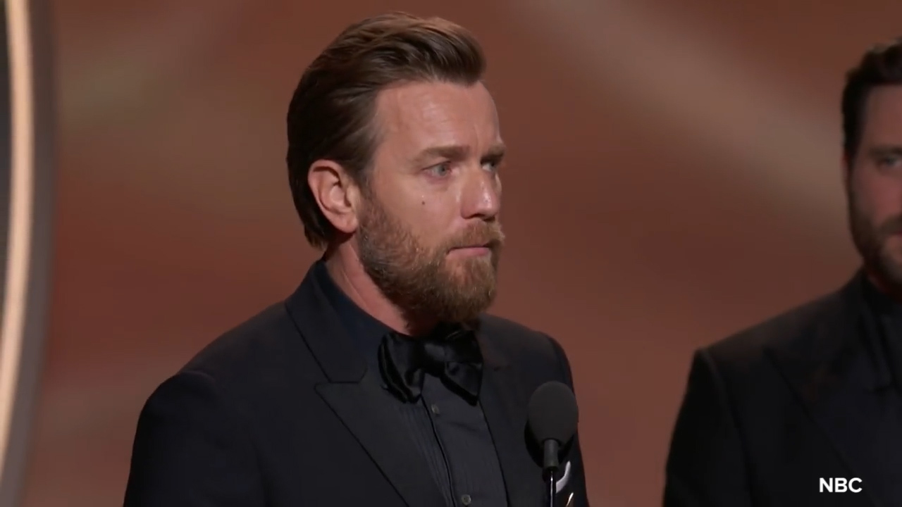 Ewan McGregor thanks wife and girlfriend at 2018 Golden Globes
