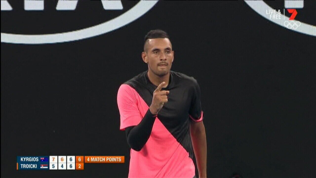 Kyrgios wins in straight sets