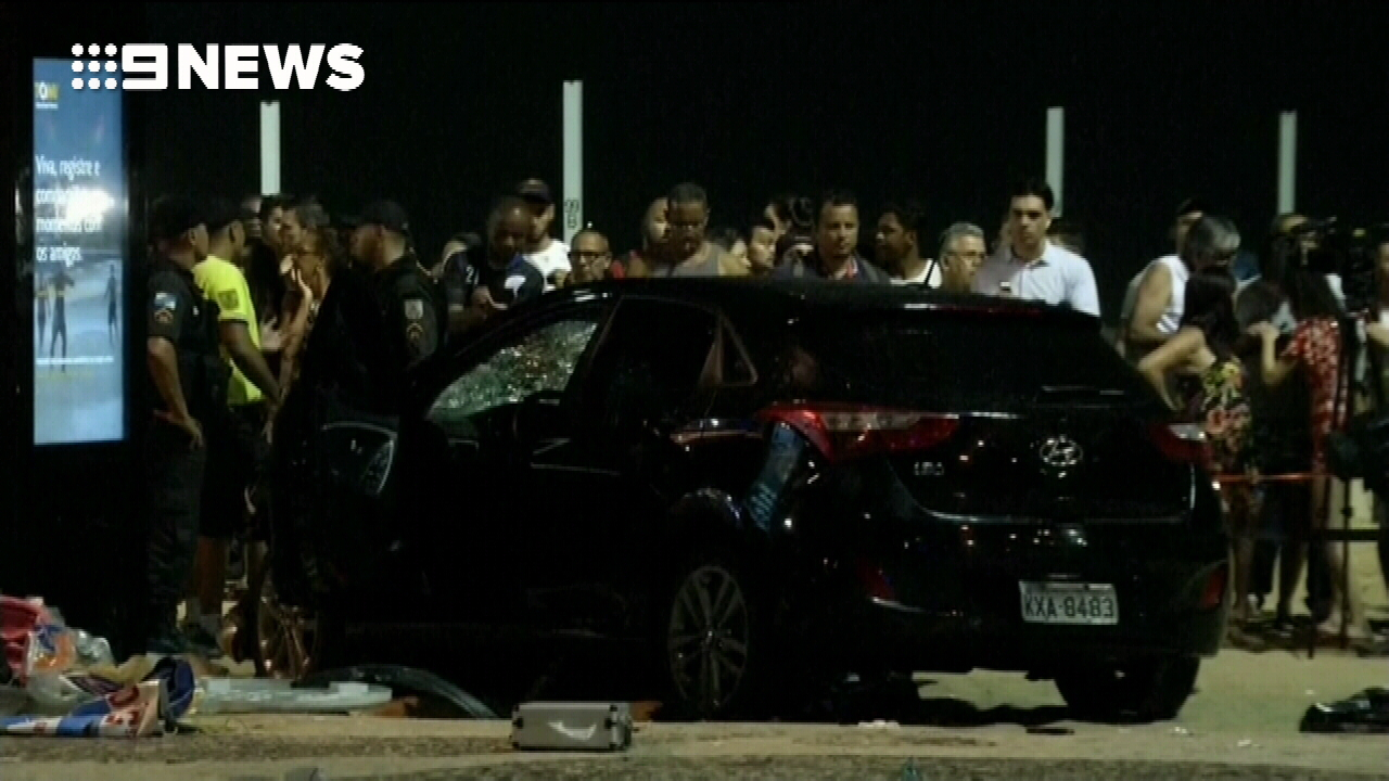 Car ploughs into pedestrians in Brazil