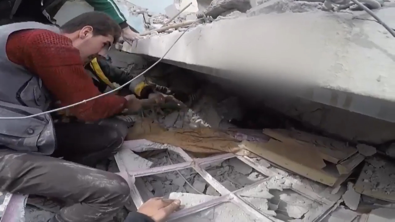 Young boy pulled from under fallen wall in Ghouta