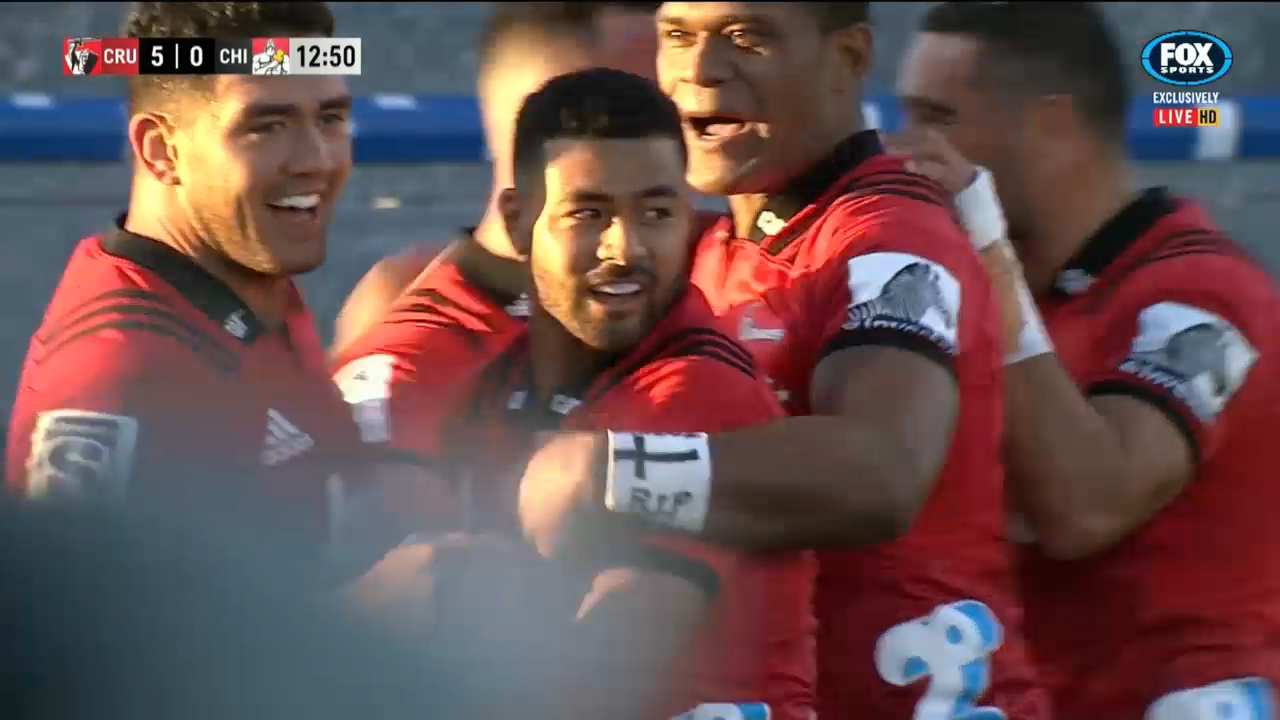 Crusaders pounce on Chiefs turnover