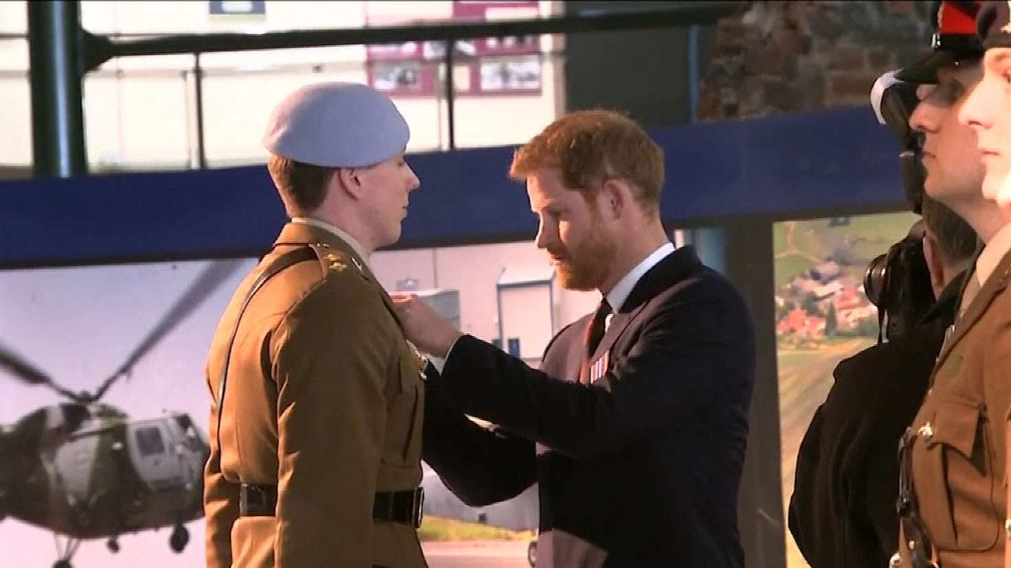 Prince Harry presents new pilots with wings