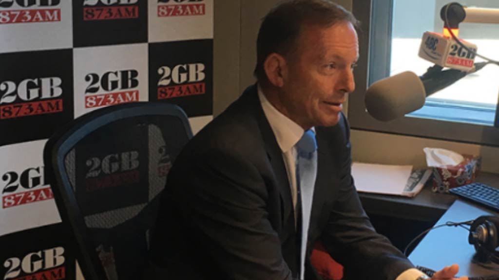 Abbott echoes Dutton's concerns for South African farmers