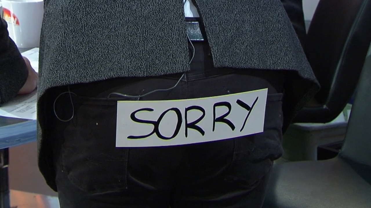 Dickie says sorry