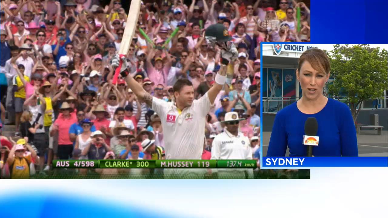 Clarke offers to rescue Australia