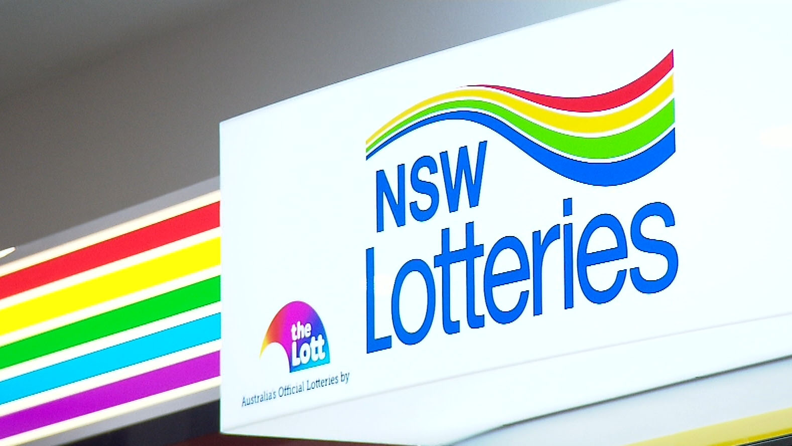 Man wins lottery using late father's numbers