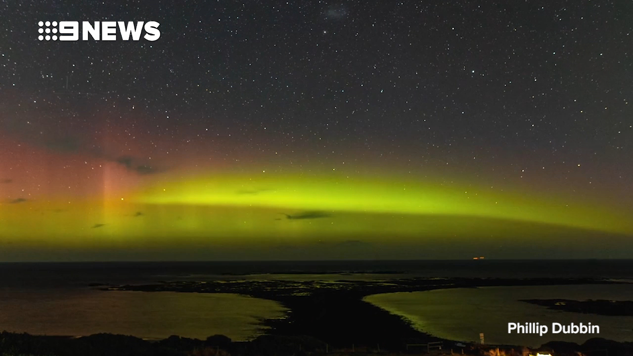Southern lights stuns in Victoria and Tasmania