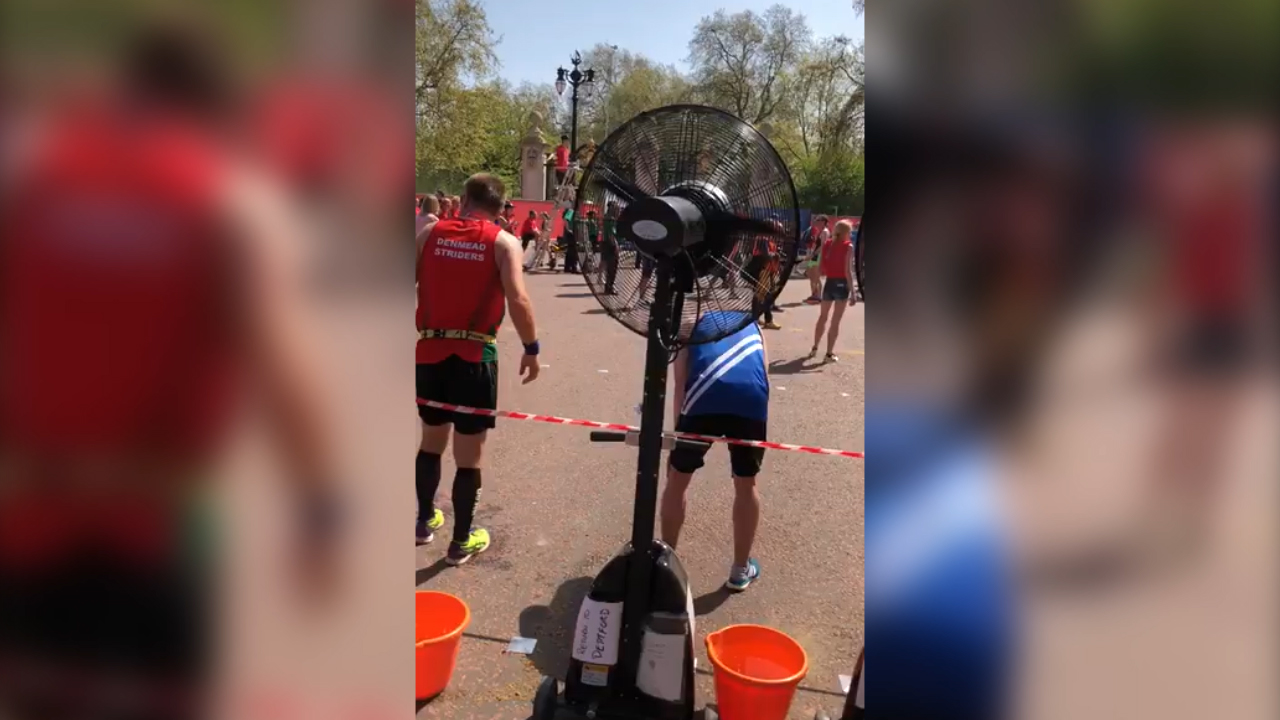 Runners find a way to beat the heat in London Marathon