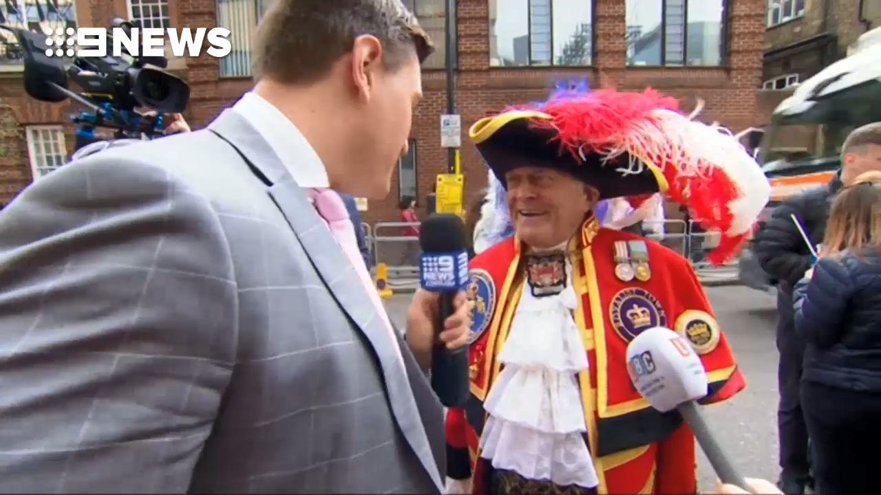 The town crier who made the royal announcement