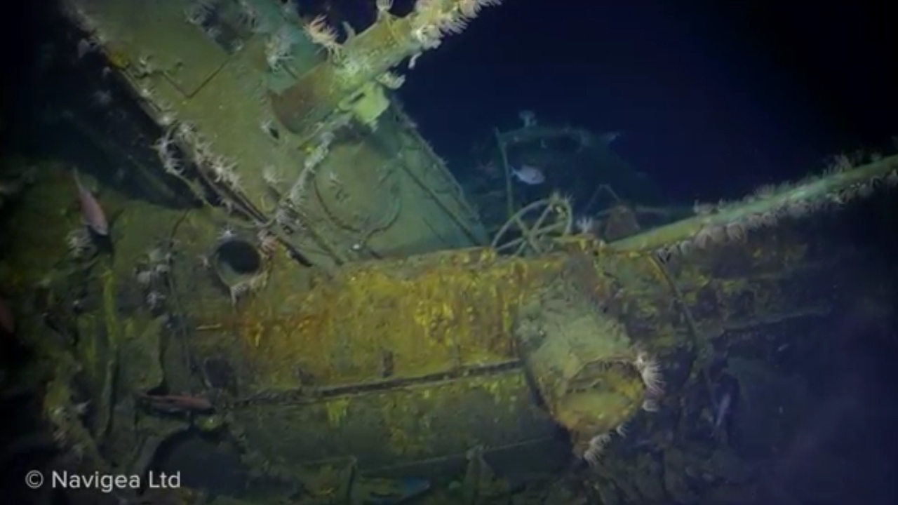 Expedition shades light on WWI Australian submarine wreck